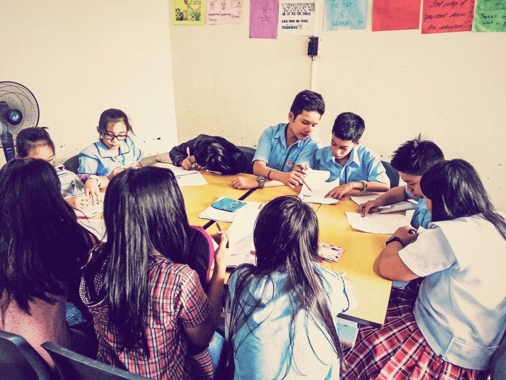 презентация на тему деньги разных стран учащихся школ