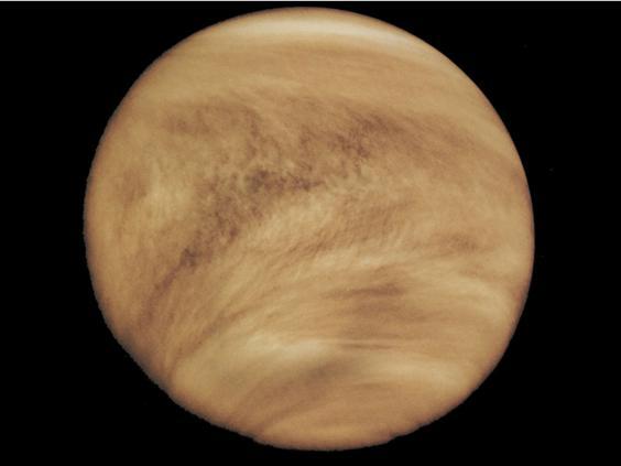 Venus_Clouds_br.jpg