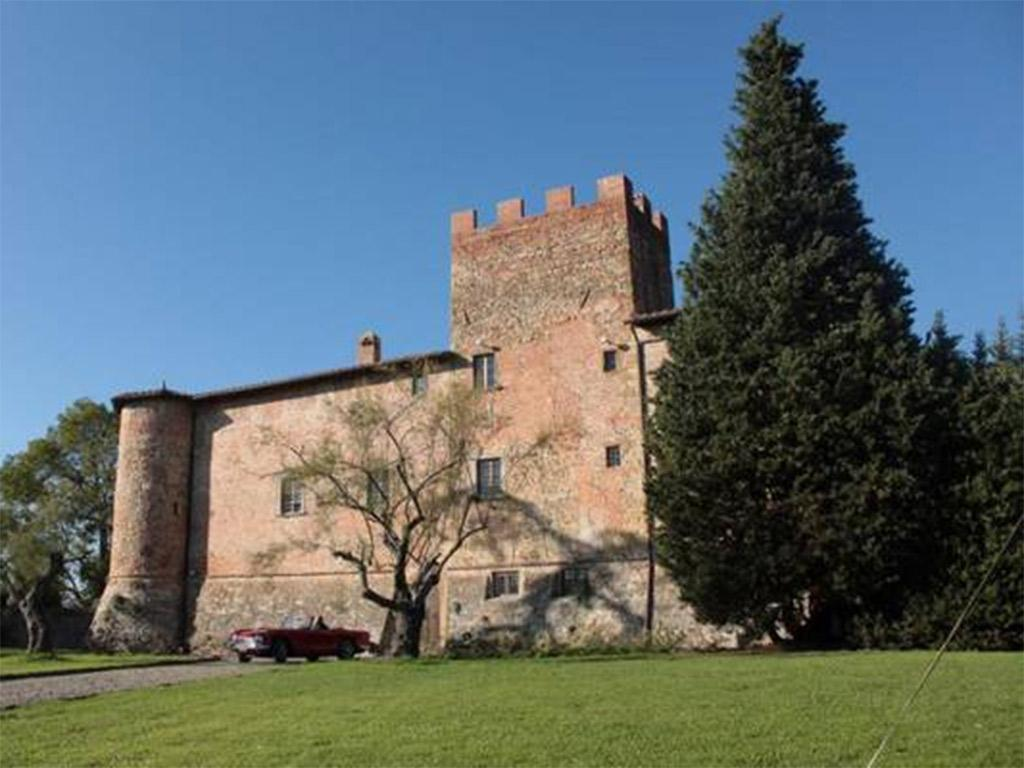 Castello di Tavolese near Florence has been sold for between €10m and €20m