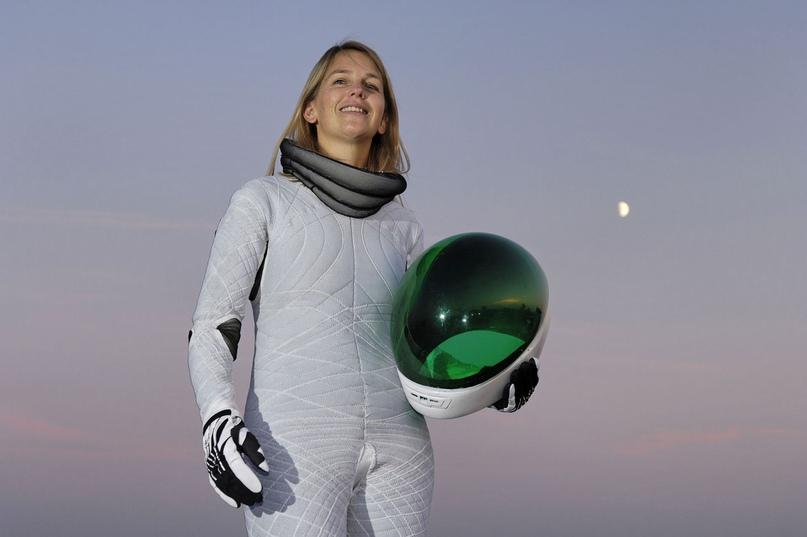 Дава Ньюман в своем Biosuit. Фото: Волкер Стеджер / Science Photo Library